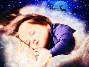 enfant dormant et traineau